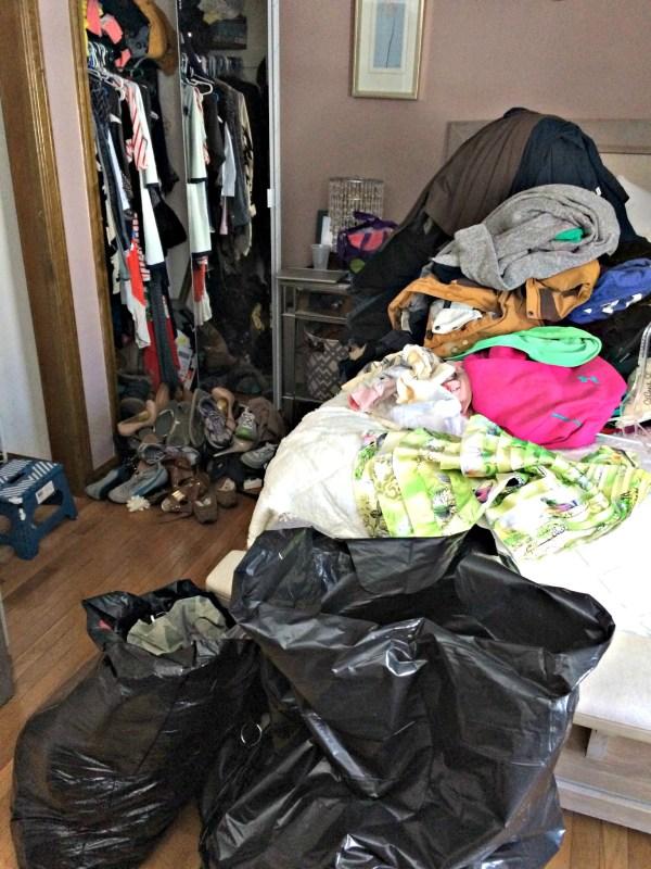 A system to purge closet