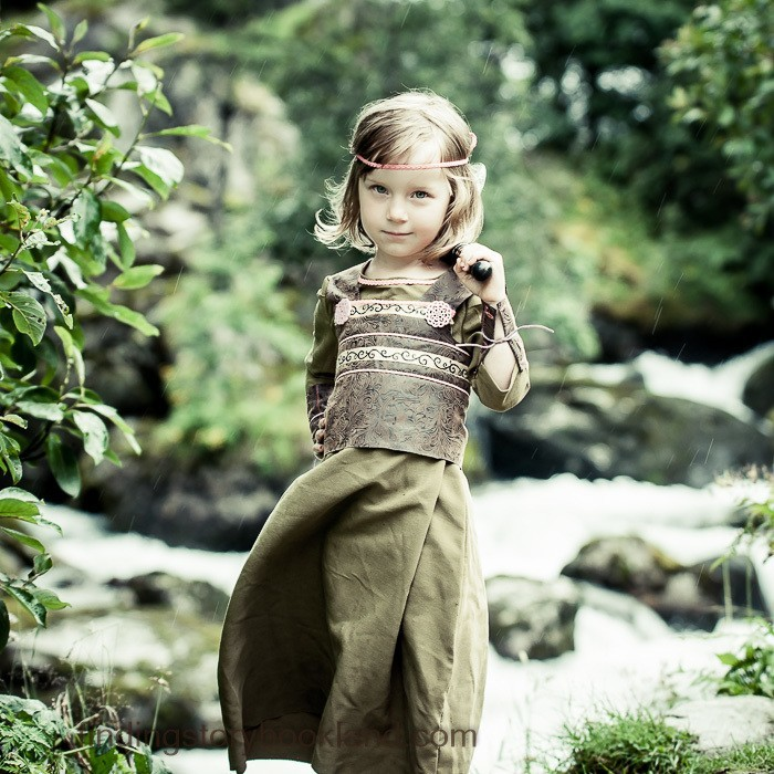 How To Make A Simple Viking Costume For Girls