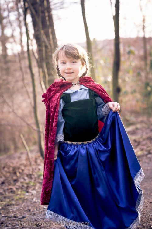 Anna Frozen Dress Tutorial