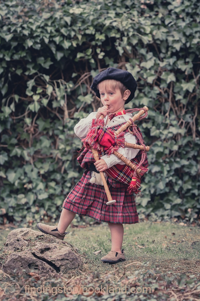 Child Outlander Cosplay photography
