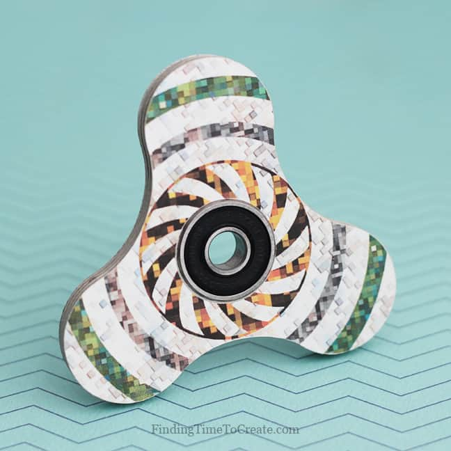 Make Sensational Fidget Spinners for Summertime Fun