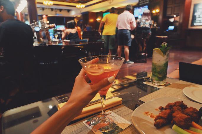 Cheers-to-the-weekend-Abu-Dhabi