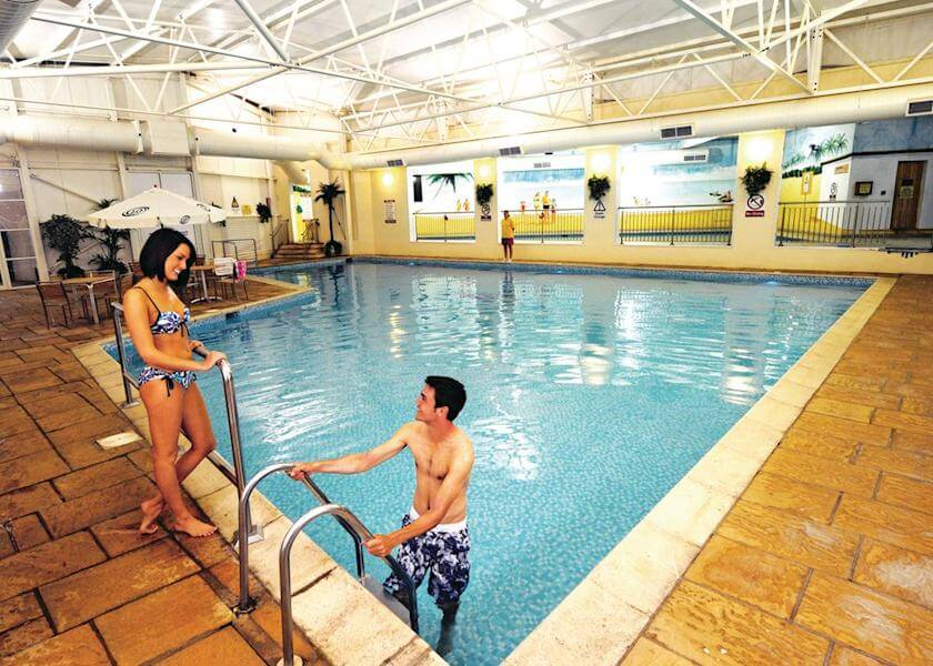 ilfracombe-holiday-park-indoor-pool