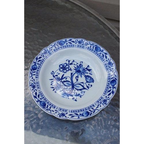 Zwiebelmuster Blue Onion Bowl Elegant beautiful
