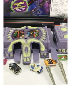 Micro Hot Wheels Nightmare Alley Electric Toy Car Set cars