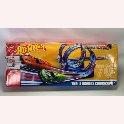 Hot Wheels Throwback Thrill Drivers Corkscrew Trackset 887961641172