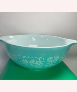 Pyrex Amish Butterprint Cinderella Mixing Bowl 4qt Turquoise