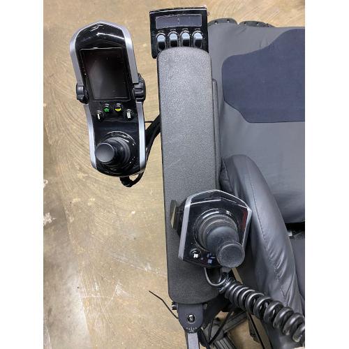 Quantum Edge 2.0 iLevel Wheelchair