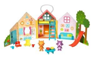 portable-playset-jinja-house
