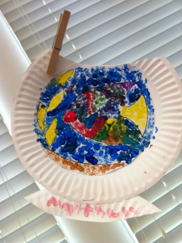 paper plate fishbowl 1
