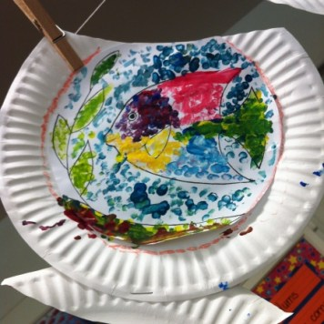 paper plate fishbowl 3