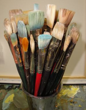 Clean PaintBrushes With This Quick Tip