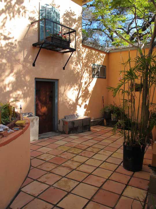 Saltillo Floor Tile In A Courtyard Mexican Home Decor