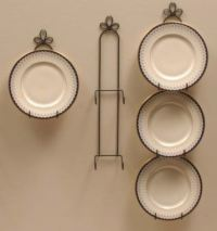 "Large Plate Hangers, Wall Hanging Racks for 9"" - 12"" Plates"