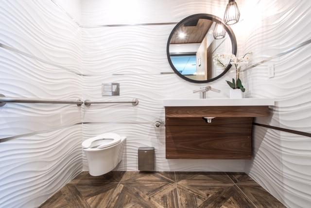 Luxury Commercial Washroom
