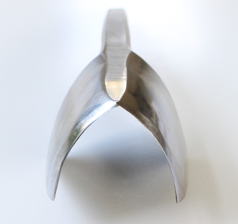English Point Strap End Punch