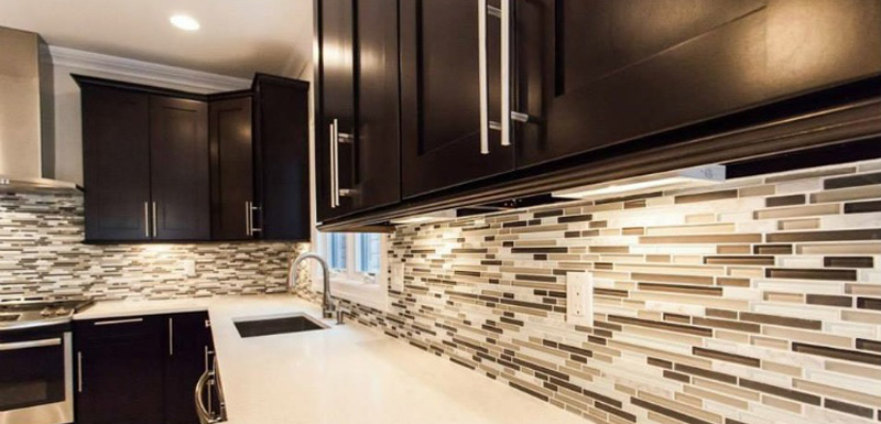 Fine Line Kitchen Designs will help you find the perfect backsplash design