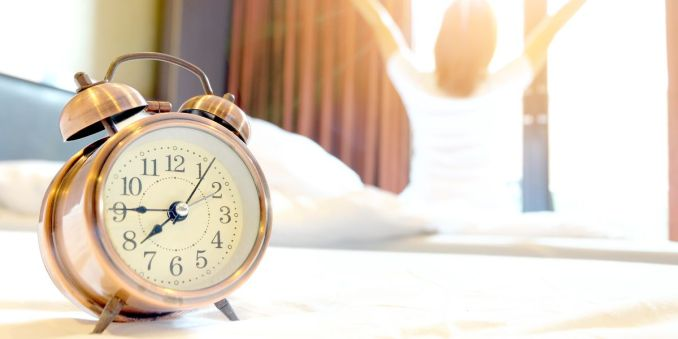 25 Easy Ways To Wake Up, Feel Awesome, And Stay Positive.