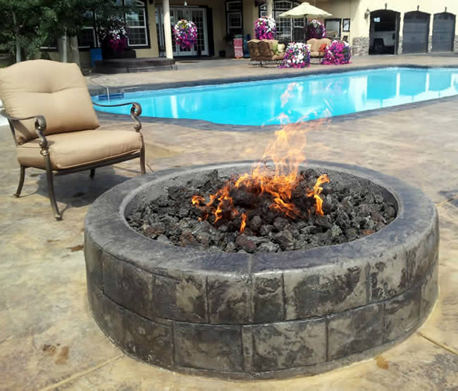 24 Inch Round Gas Fire Pit Insert With Flat Pan  Fines Gas