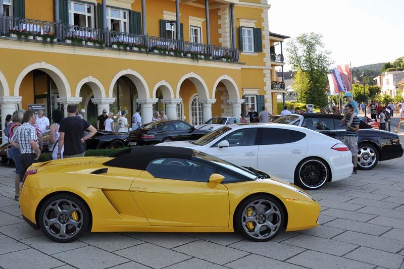Sportwagen für den Urlaub mieten