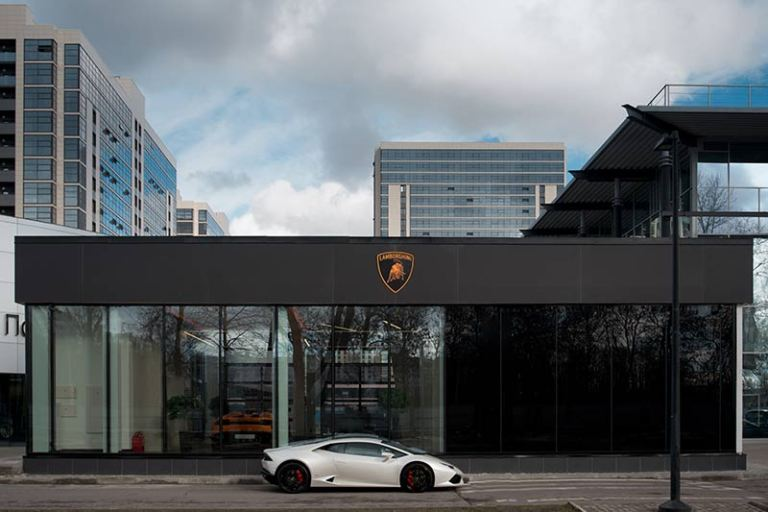 Lamborghini Showroom in Russland