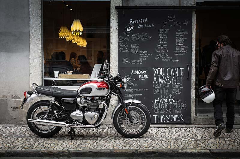 Die Bonneville T120, der perfekte Cafe-Racer