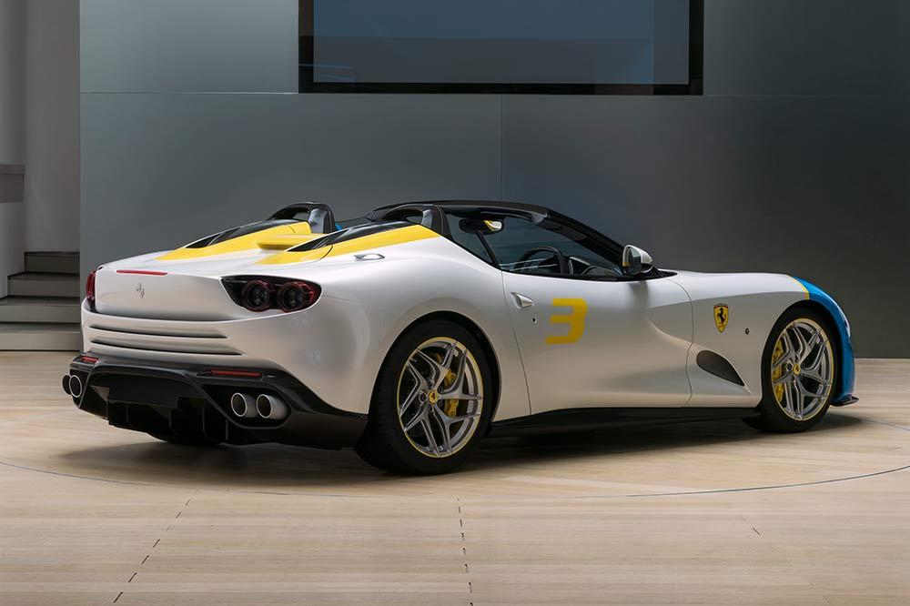 Ferrari SP3JC - Heckansicht
