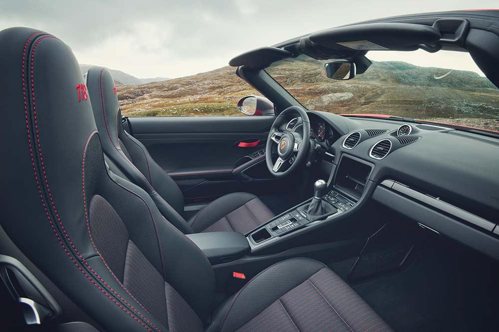 Porsche 718 T Interieur