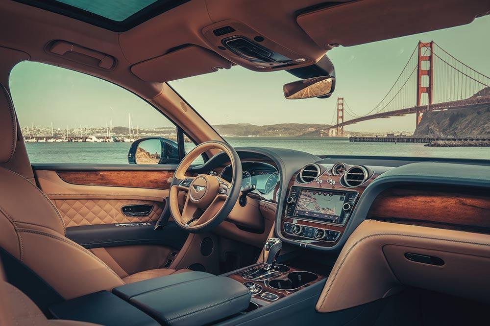 Das luxuriöse Interieur des Bentayga Hybrid