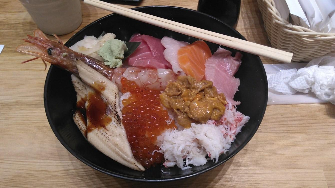 donburi tsukiji 2.jpg