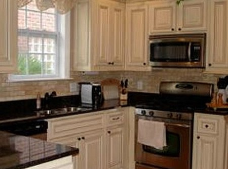 residential painting - kitchen