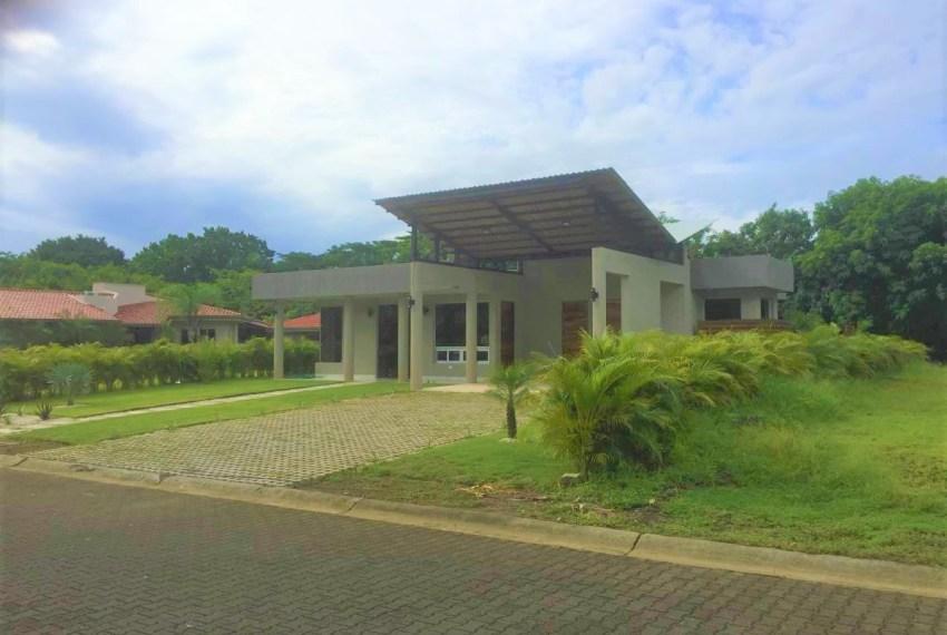Custom Home Design street view