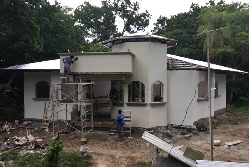 Retire in Costa Rica construction2
