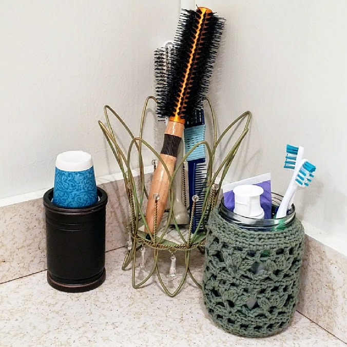 Small Bathroom Makeovers and the Secret Ingredients accessories Finish Your Crafts