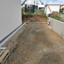 Fink Garage Streifenfundament mit Aufkantung