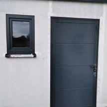 Fink Garage Nebeneingangstür mit Fenster