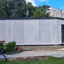 Fink Garage Seitenansicht mit Nebeneingangstür