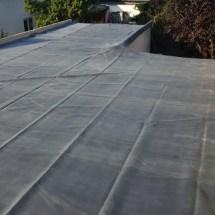 Fink Garage - EPDM-Folie ausgelegt auf L-Form Dachfläche