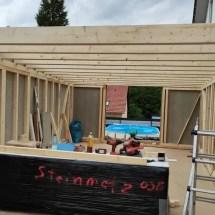 Fink Garage - Sparren werden aufgelegt und befestigt