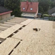 Fink Garage - Beplankung des Dachs mit OSB Platten