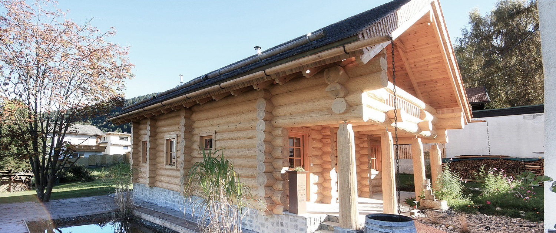 Blockhaus, Holzhaus, Naturstamm
