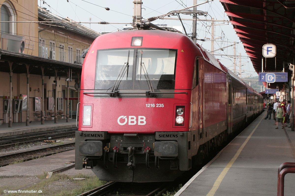 Finns train and travel page : Trains : Austria : ÖBB 1216 235