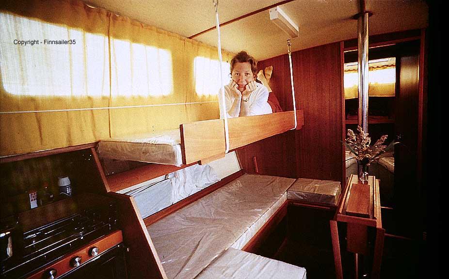 Finnsailer 35 Salon Upper Bunk