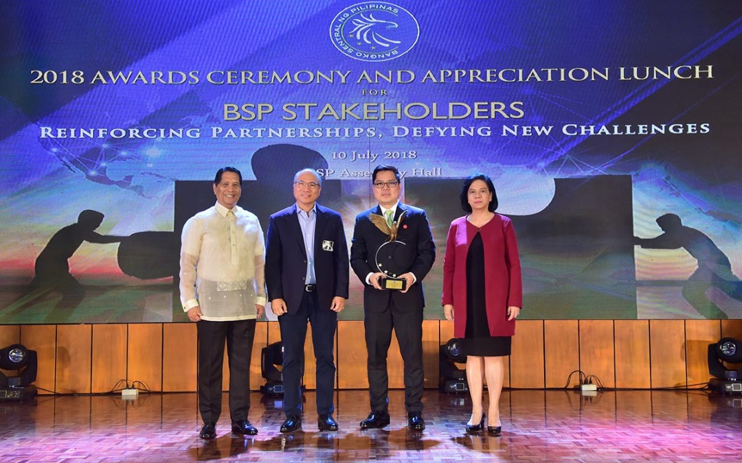 FINTQ named Outstanding Partner for Financial Inclusion by the BSP