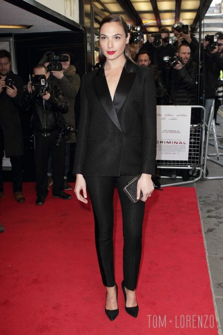 Gal-Gadot-Criminal-UK-Movie-Premiere-Red-Carpet-Fashion-Victoria-Beckham-Tom-Lorenzo-Site-1