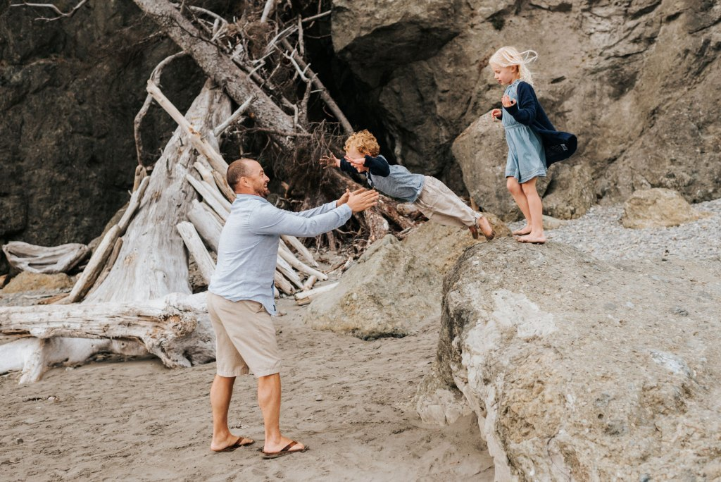 seattle family photographer ruby beach family session washington coast
