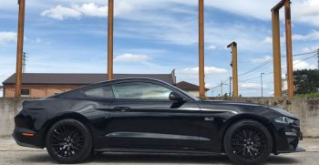 Ford Mustang . GT