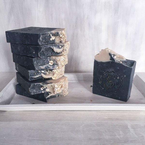 Άνθρακς και βρώμη