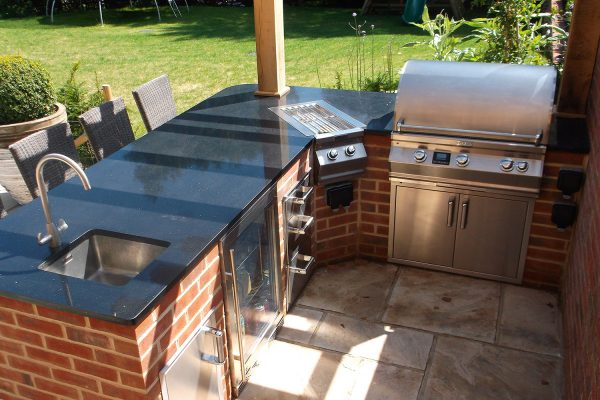 outdoor kitchens built in bbqs by