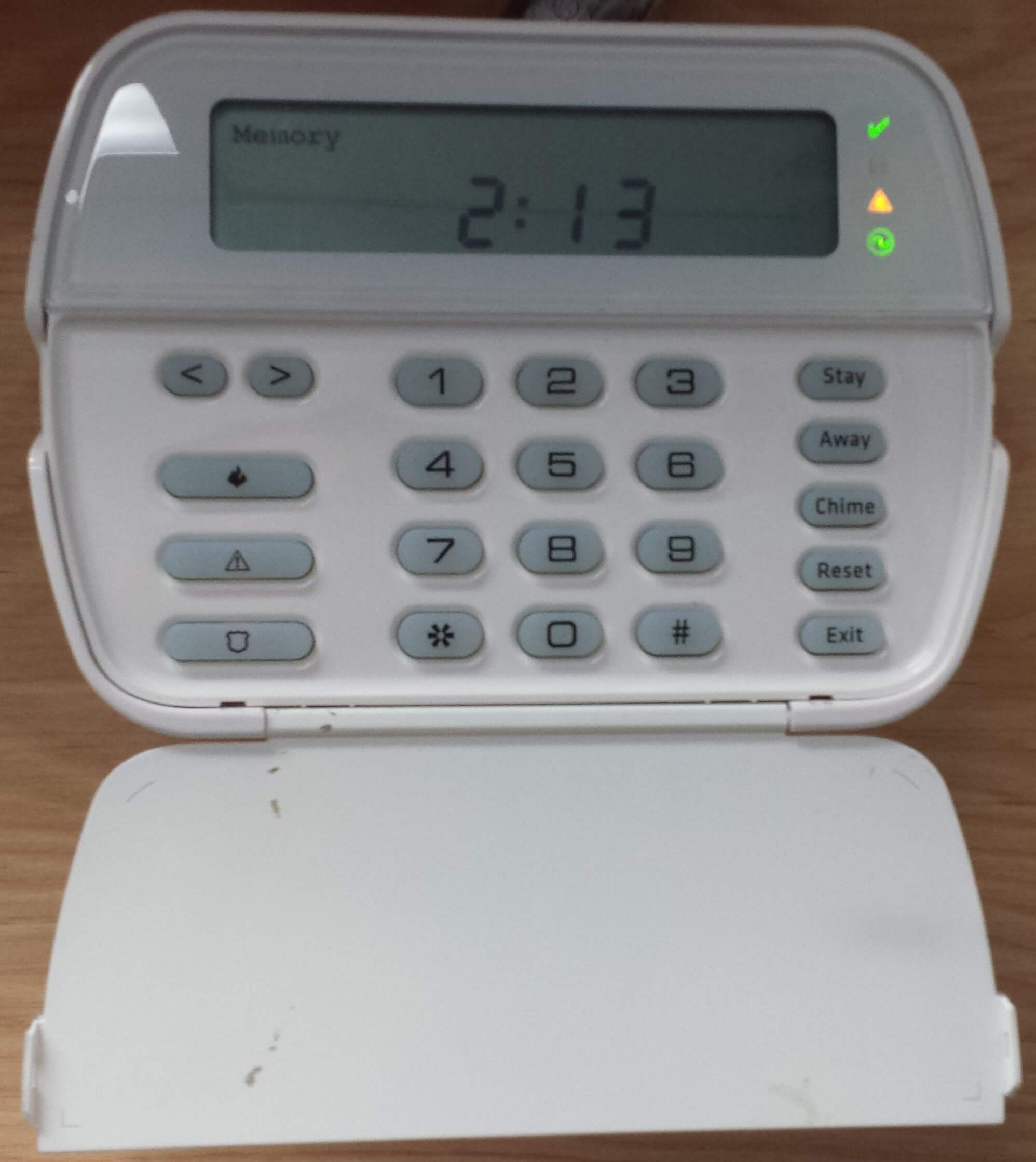 hight resolution of dsc power series security alarm keypad with trouble light